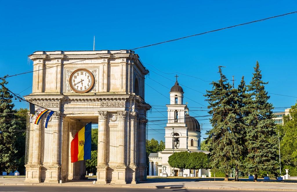 Из России в Молдову: требования к загранпаспорту и другим документам